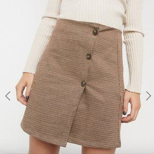 HIGH WAISTED CHECK MINI SKIRT W BUTTONS | ONLY NWT